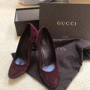 Gucci Bordeaux Suede Heels
